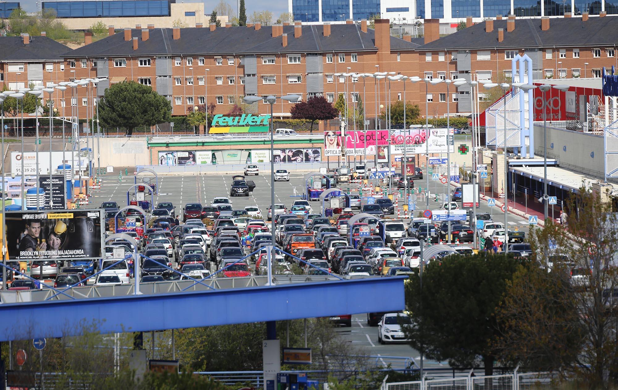 Centro comercial en Majadahonda el pasado domingo 5 de abril